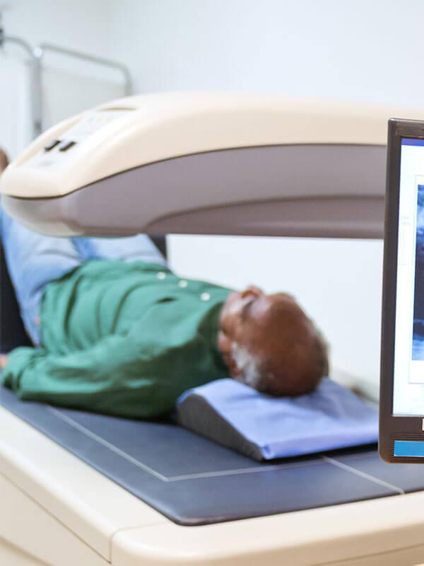 diagnosezentrum-floridsdorf-dz21-knochendichtemessung